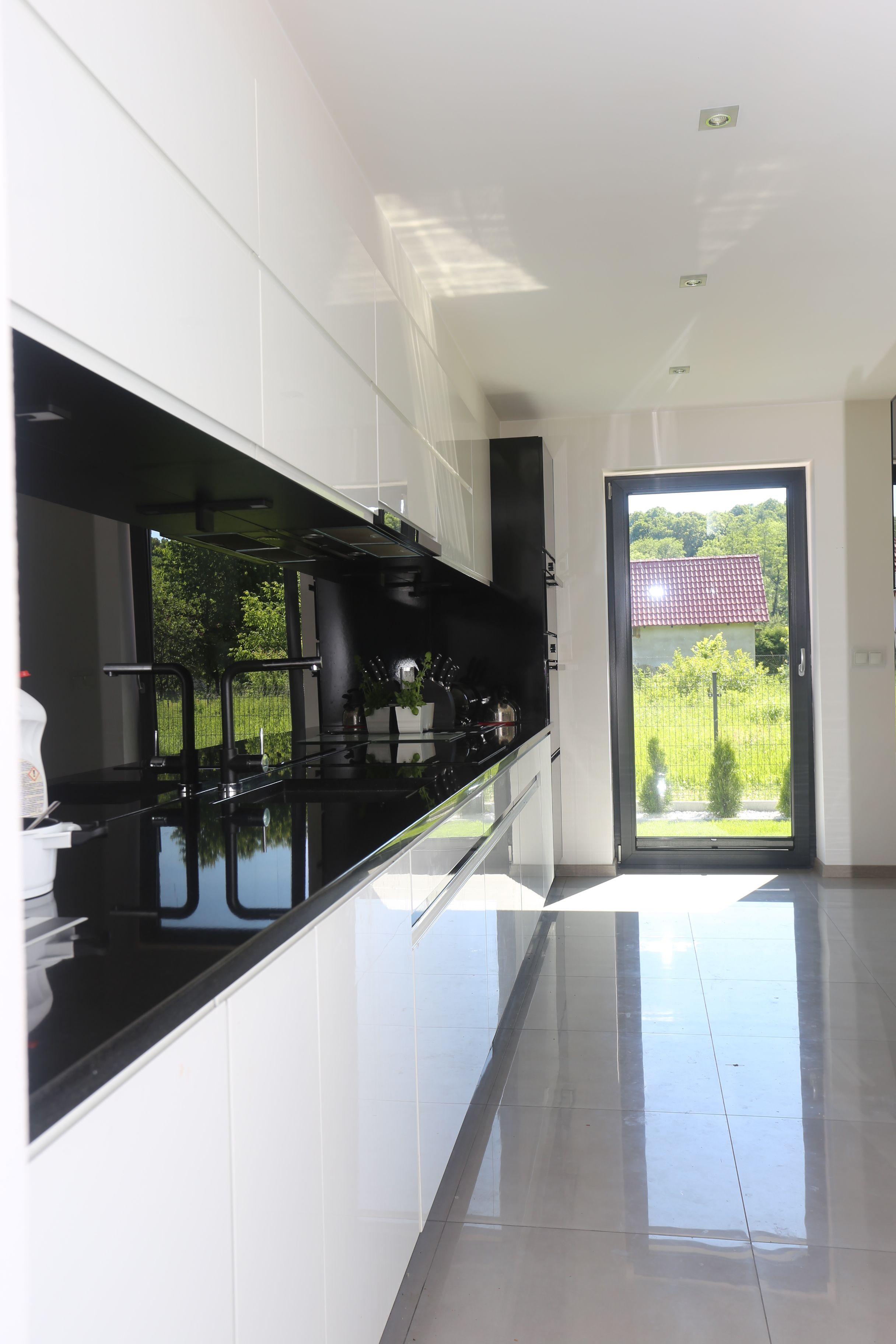 Drzwi Balkonowe W Kuchni To Bardzo Funkcjonalne Rozwiazanie