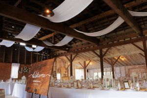 Love vaulted ceilings & country air? Perhaps a barn ...