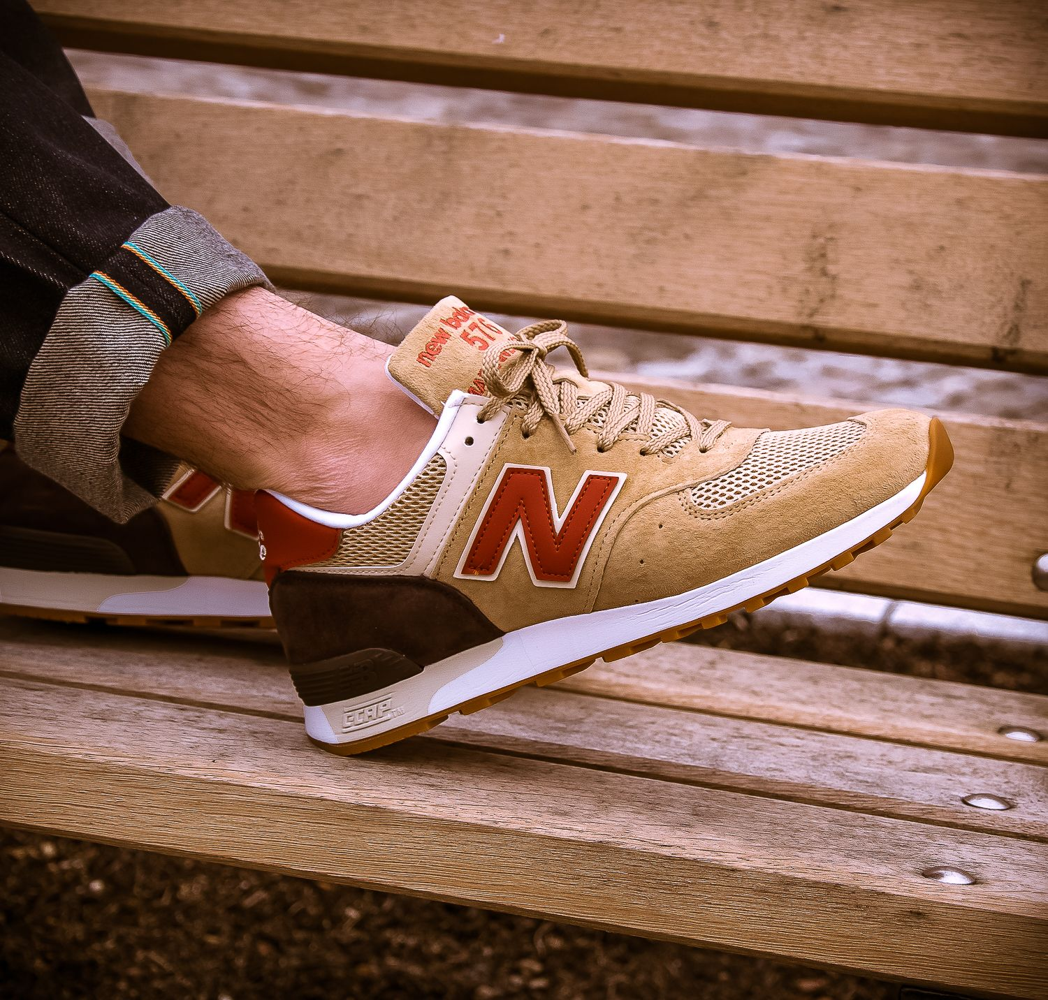 Craftmanship Made In Uk The M576 Eastern Spices Features Premium Mesh And Smooth Suede The New Balance Ico Sneakers Men Fashion New Balance Snicker Shoes