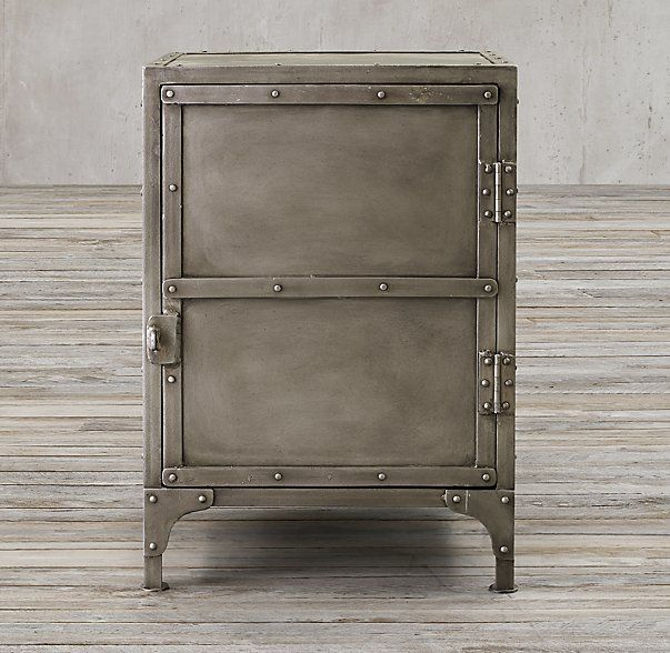 Industrial Tool Chest Side Table #frenchindustrial