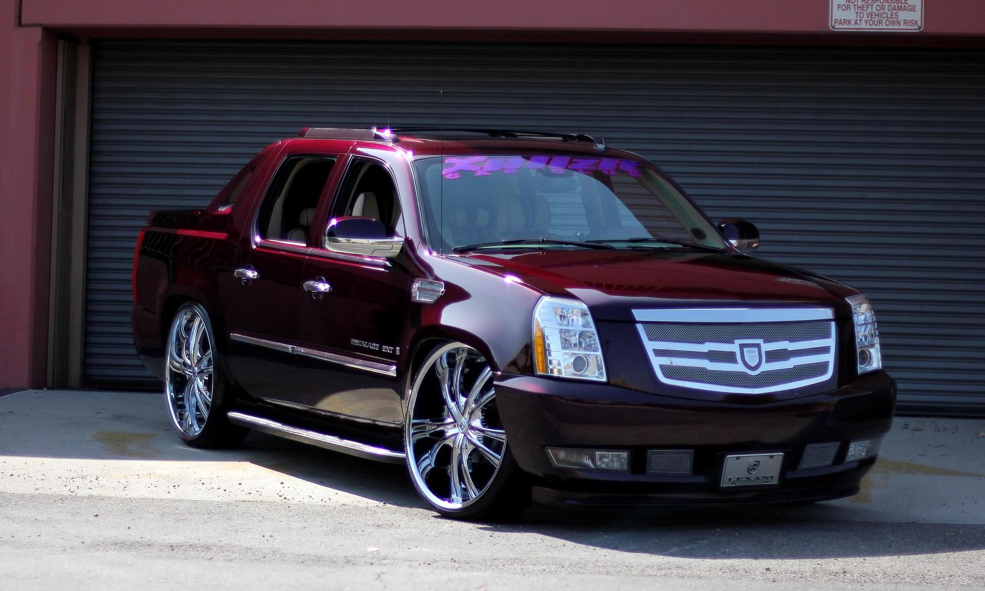 Cadillac Escalade Car Wallpapers