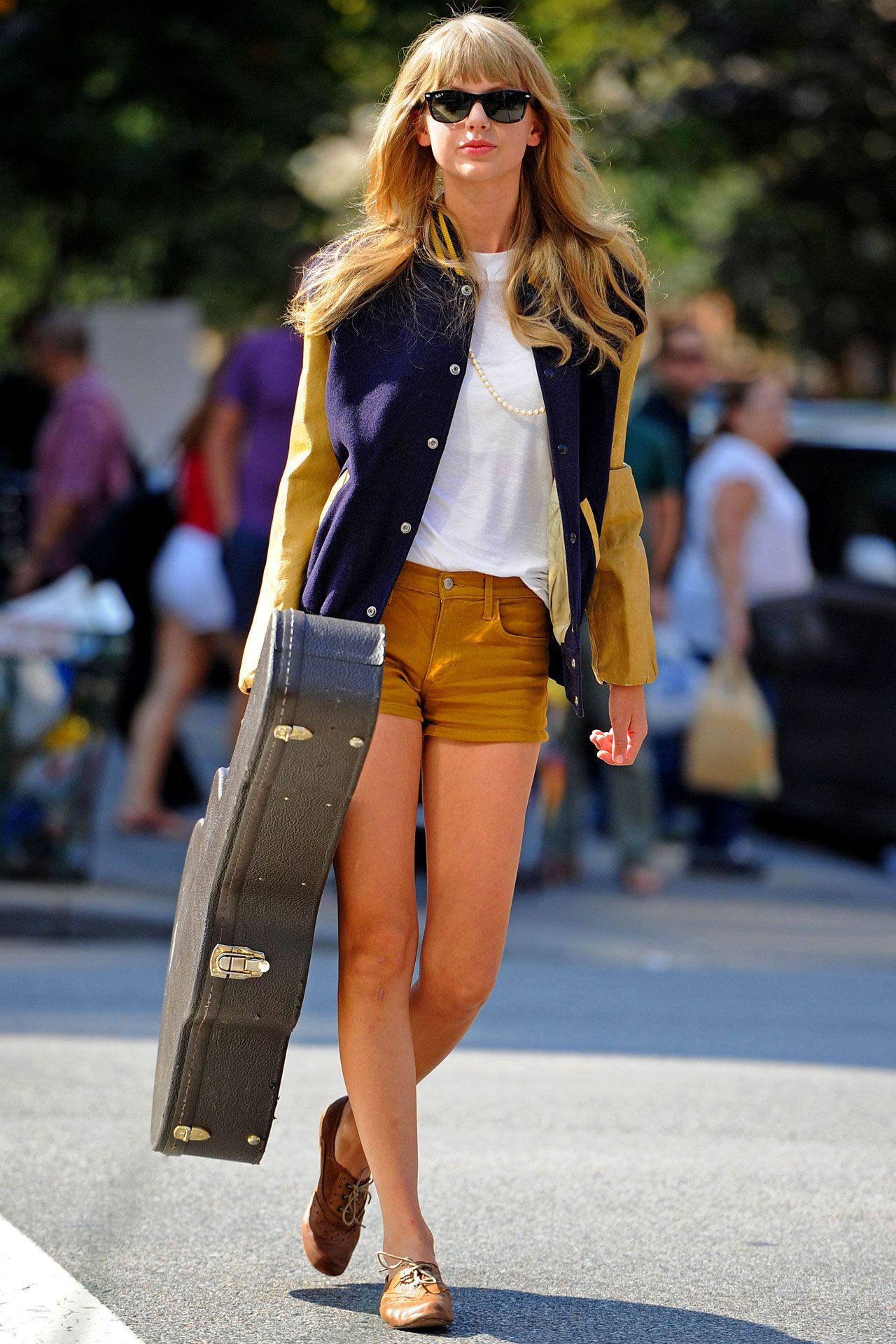 Taylor Swift *love this style*