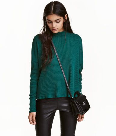 Emerald green. Oversized mock-turtleneck sweater in a soft rib ...