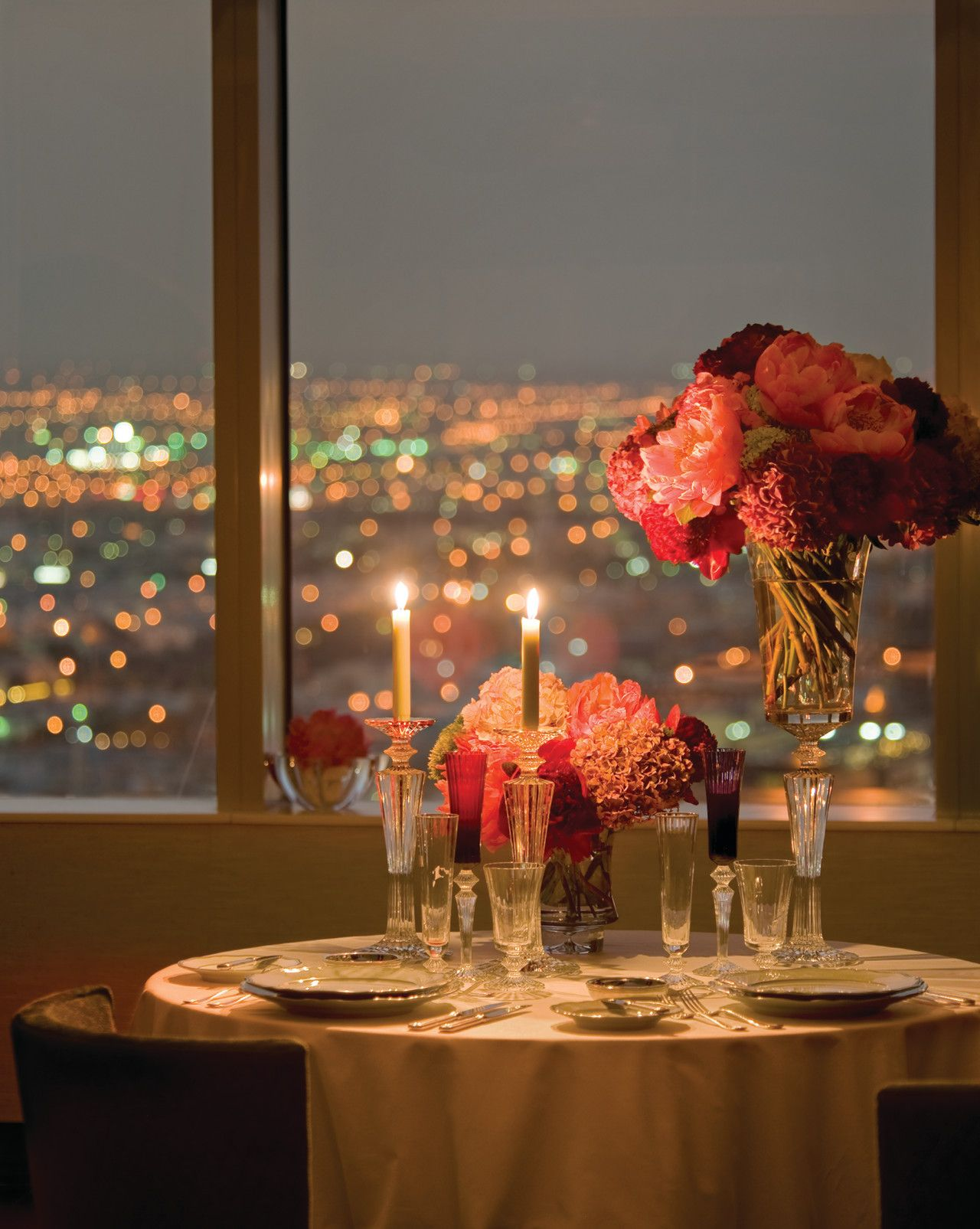 Hotels In Riyadh Four Seasons Hotel Riyadh Kingdom Of Saudi Arabia Riyadh An Unforgettable Dinner For T Romantic Dinners Dinner For Two Seasons Hotel
