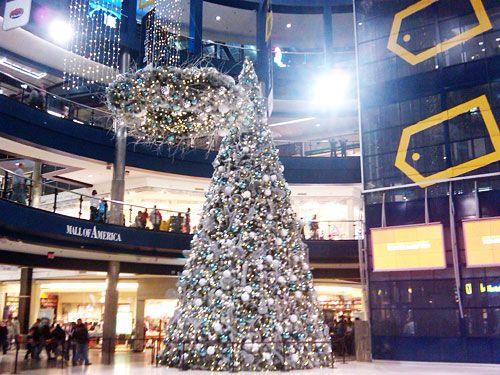 Mall Of America At Christmas Time With Shane Christmas Seasons Christmas Christmas Time