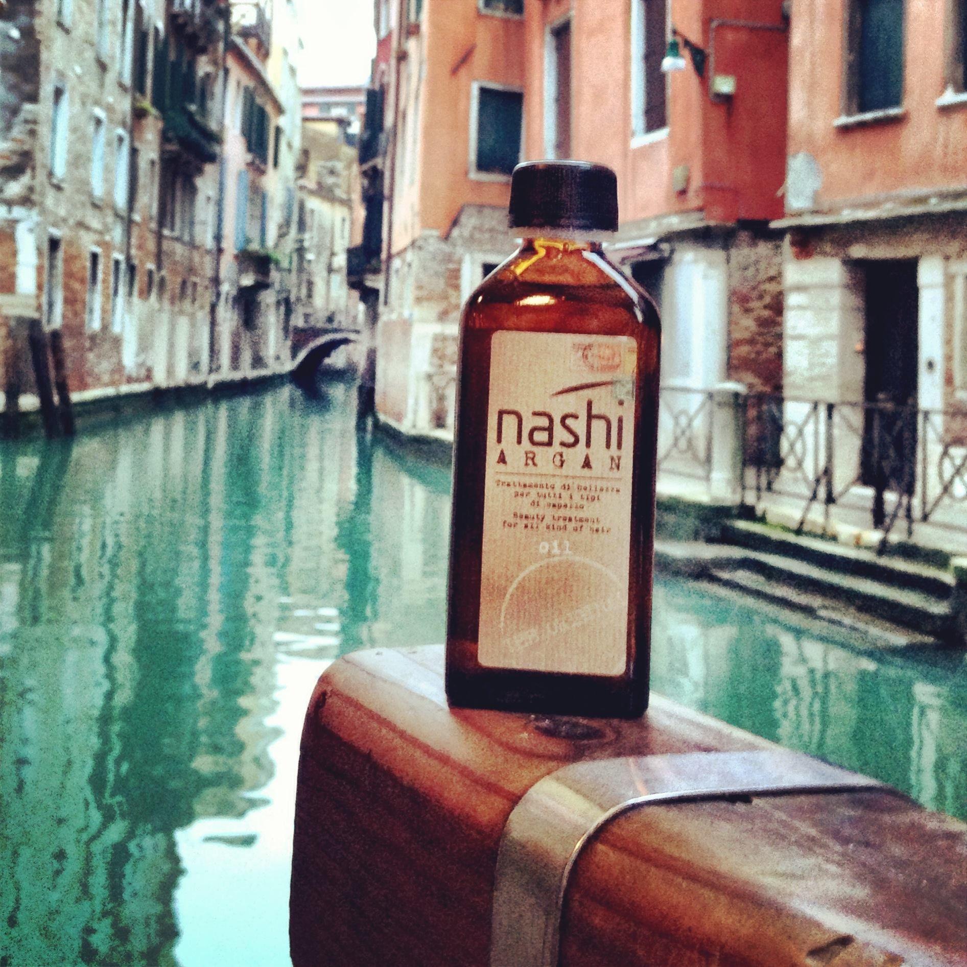 Nashi - hochwertige Haarpflege mit Arganöl. Bei Zeichners.