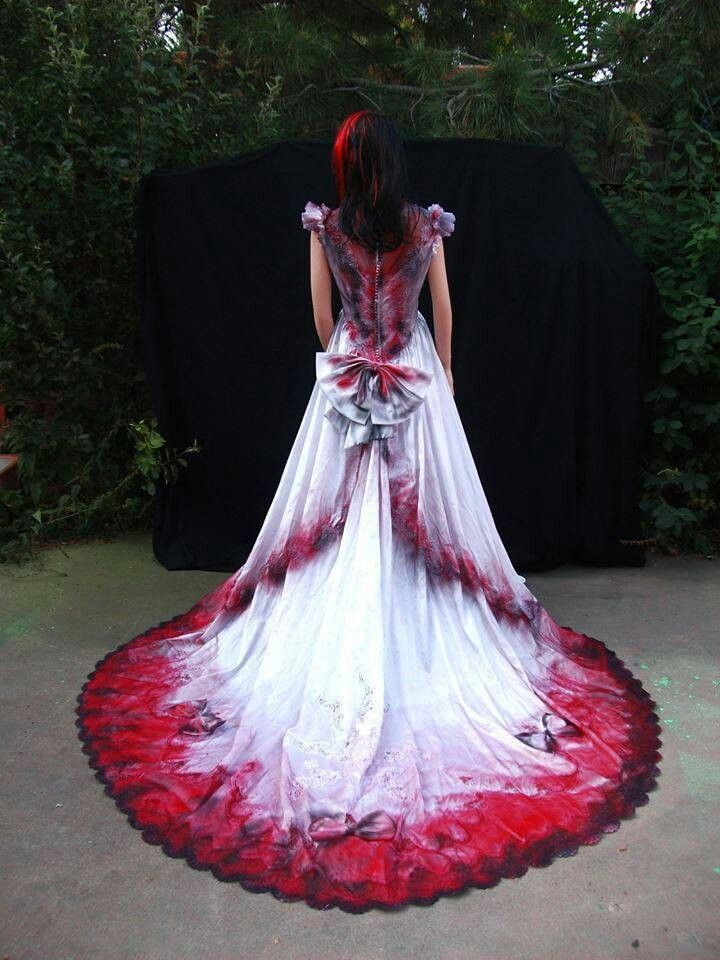 Perfect Vampire Wedding Dresses And Graveyard Shift Gown