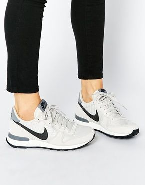 Moderne Nike Schuhe Damen Grau Nike Internationalist Nylon