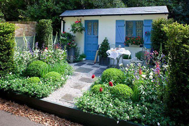 Cottage garden / RHS Gardening