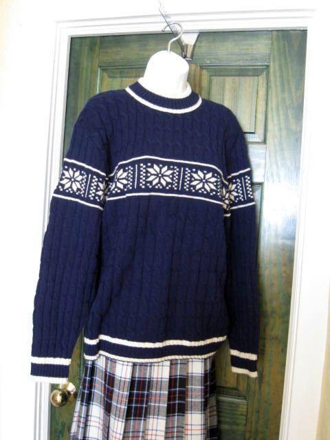 Vintage Snowflake Sweater  #craftshout0212