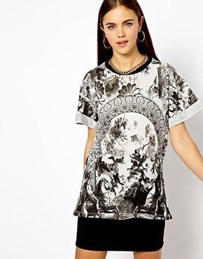 Bild 1 von River Island – T-Shirt mit Renaissance-Aufdruck