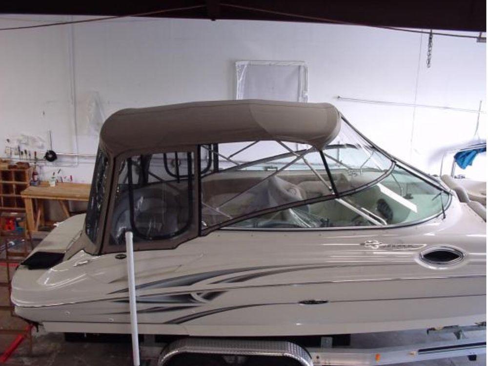 1999 Sea Ray Sundeck 240