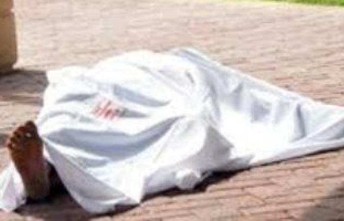 اخبار مصر النيابة تصرح بدفن جثة عامل توفى بعد سقوطه من أعلى عقار فى أكتوبر Accident Laundry Bag Bean Bag Chair