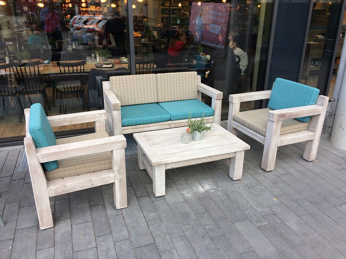 #Außengastronomie, #Terrassenbestuhllung #Bäckerei und #Café.  #Peter's Gute #Backstube in Kehl. https://www.schnieder.com/gastronomiemoebel/outdoor/aussengastronomie-terrassenbestuhlung-outdoormoebel-biergartenbaenke/bank-outdoor-40987.html