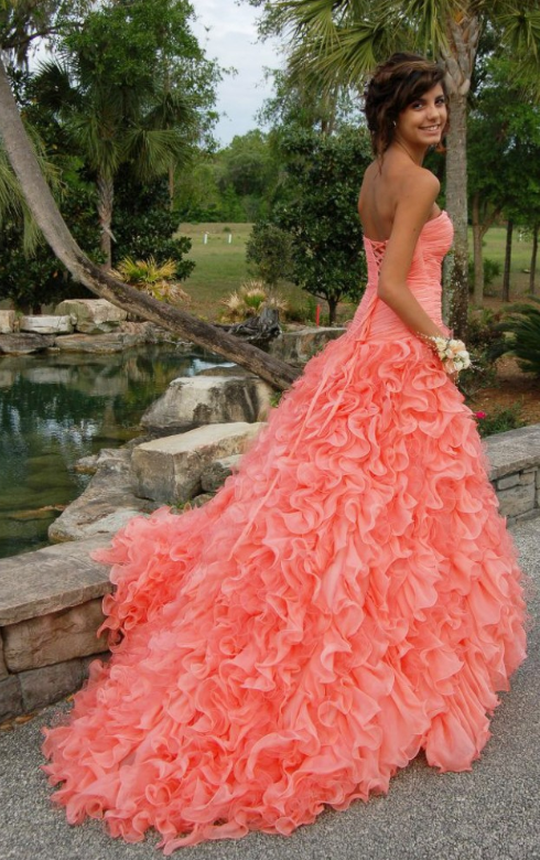 This dress>>> any dress ever. <3 #prom #dress #beautiful