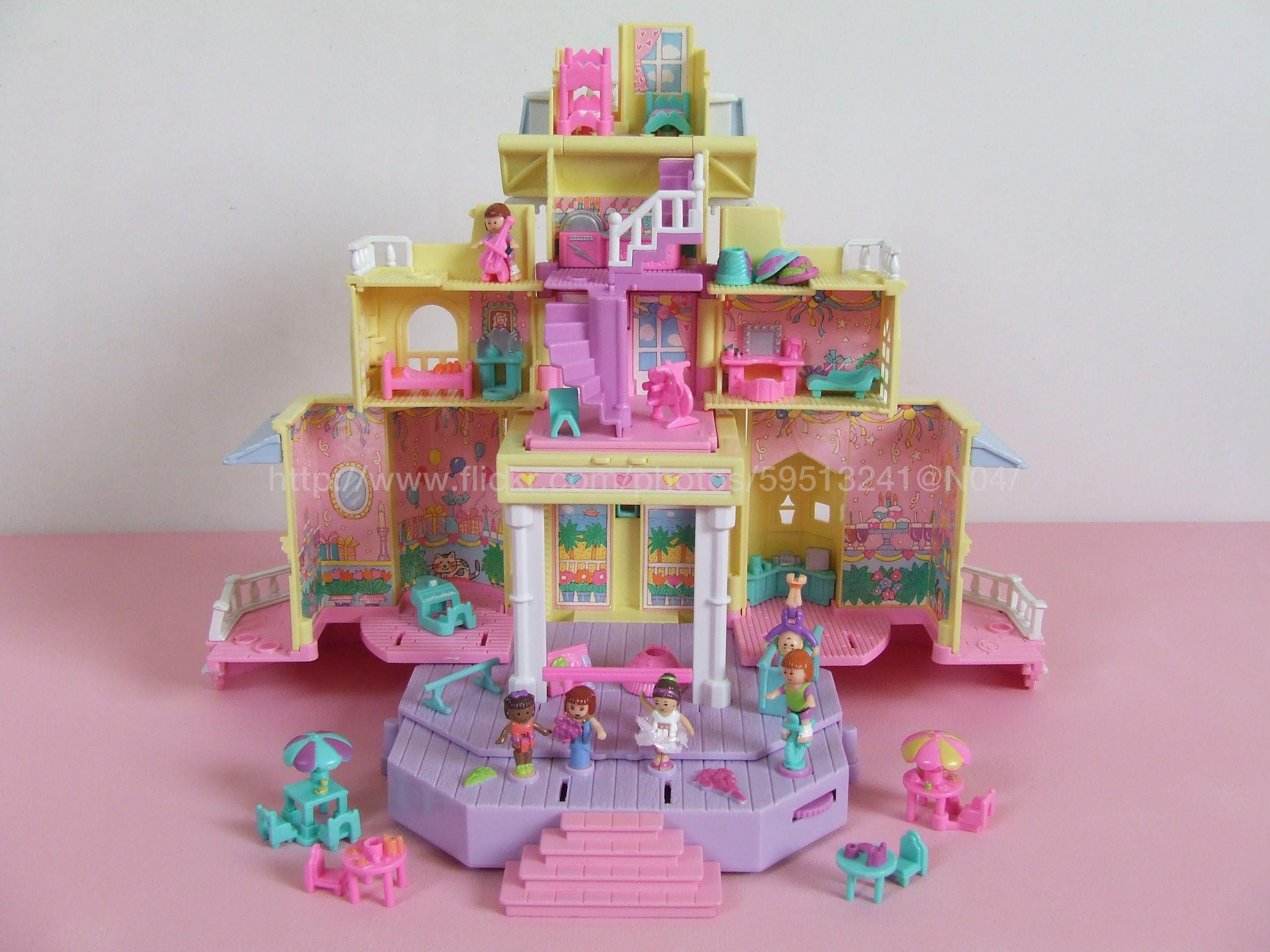 Pollyville Club House 1995 Open Polly Pocket Pinterest
