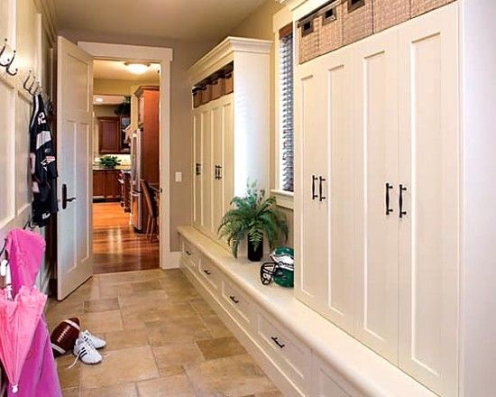 Design Idea For Very Small Mudroom Off Garage Entry Pictures Remodel Decor And Ideas Page 65