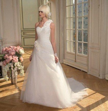 Superbe Robe de Mariée d'occasion achetée aux Galeries Tomy à Paris