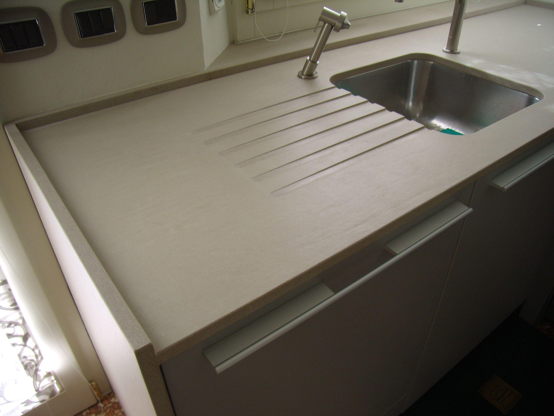 Top fiancate cucina bulthaup in vanilla stoneitalia vasca in stoneitalia realizzazione - Piano di lavoro cucina in quarzo ...