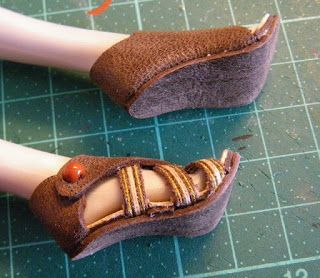 how to make shoes for barbie