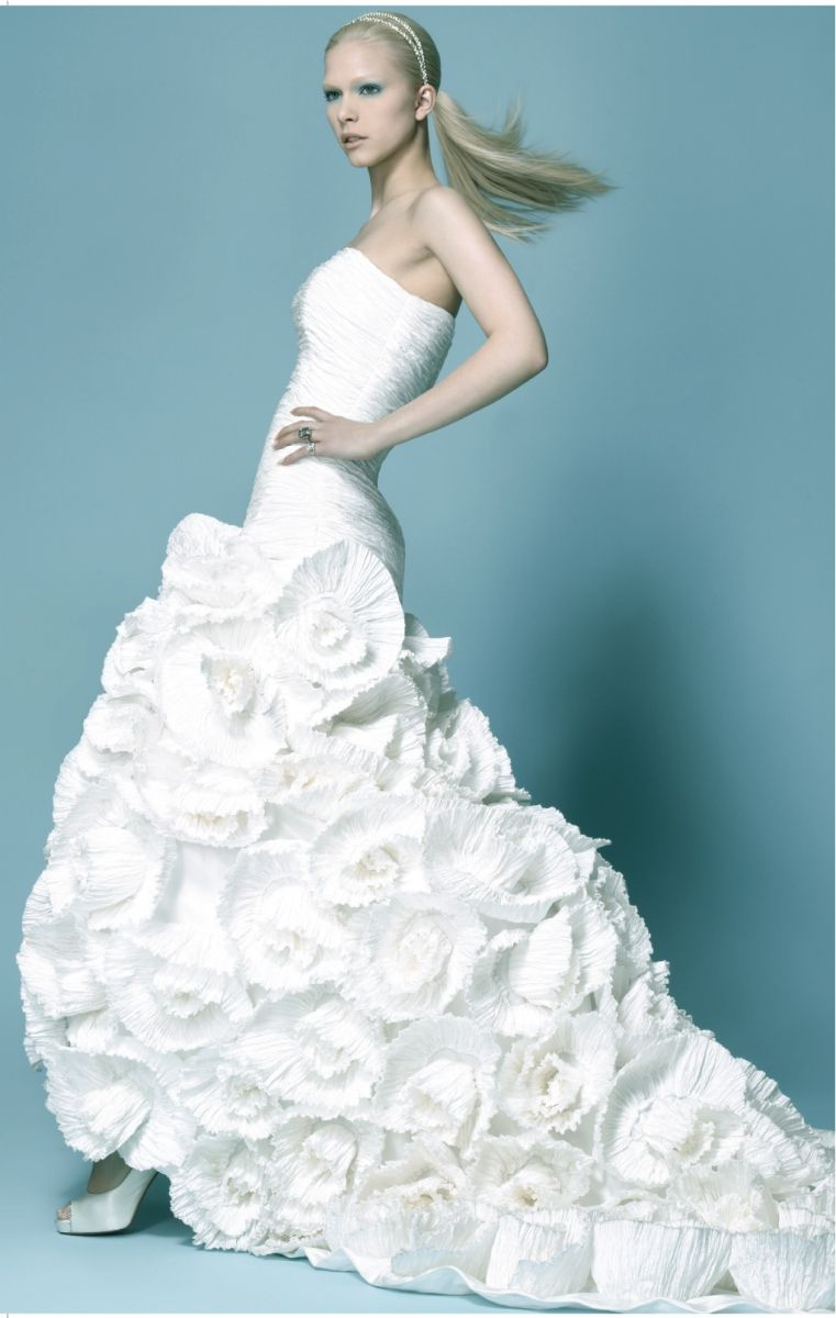 Luly Yang #weddingdress #wedding #dress #lulyyang   Wedding Ideas ...