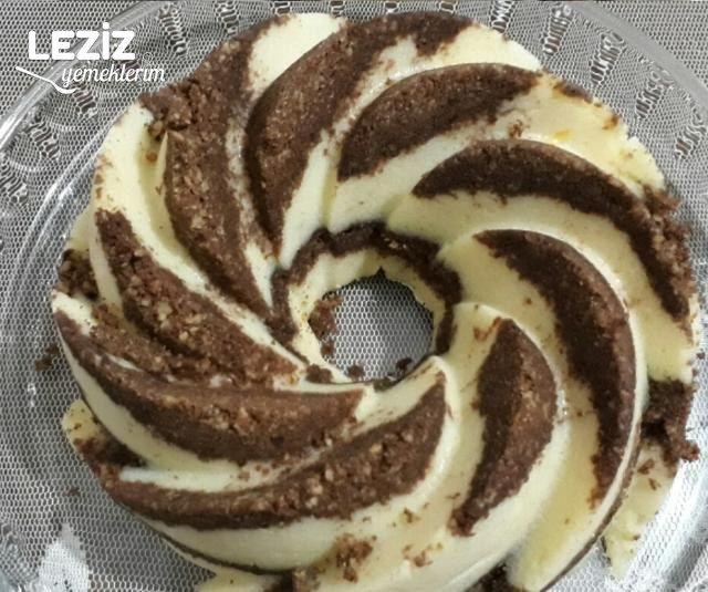 Bisküvili İrmikli Pasta