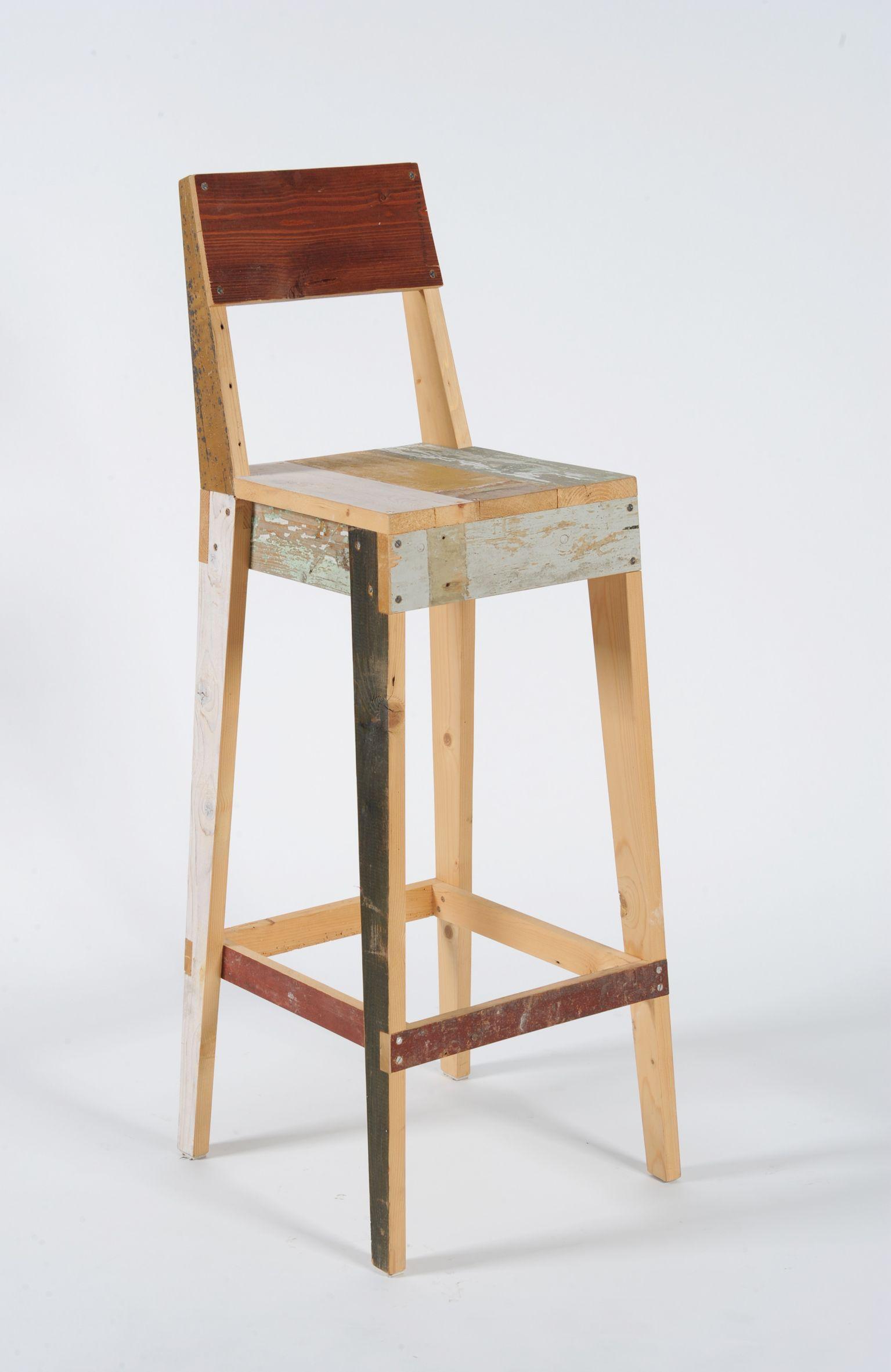 Scrap Wood Bar Stool Año Vendidas desde chairs