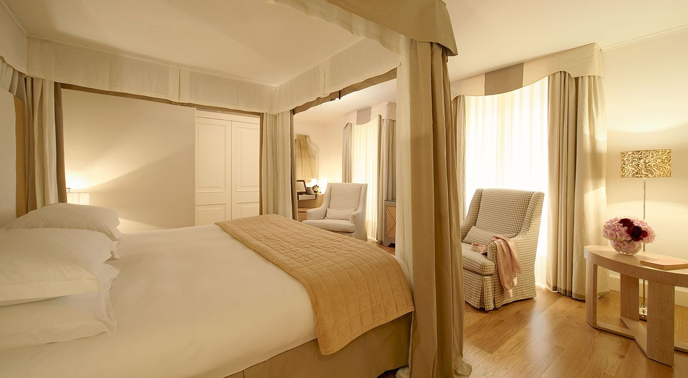 Castille Paris | An Intimate Feeling of Extreme Luxury. By Hotelied.