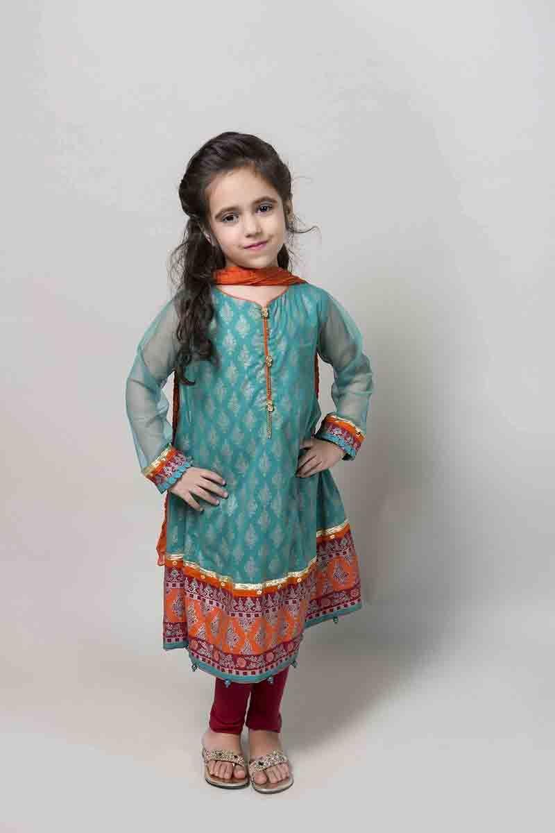 Latest Pakistani Little Girls Dresses for Eid in 8  Little