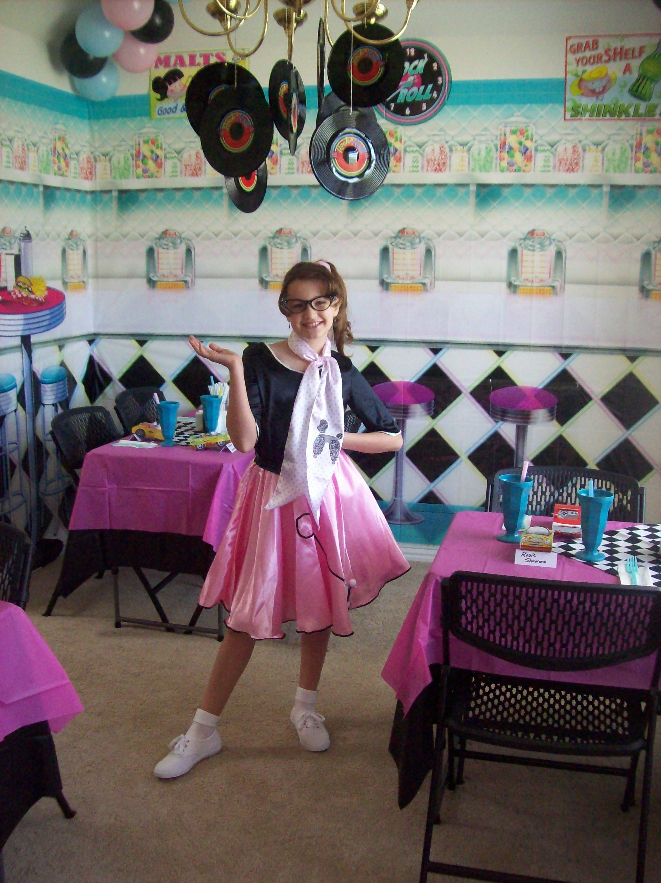 my daughter\'s 10th birthday party done in a 1950\'s diner/soda shop ...