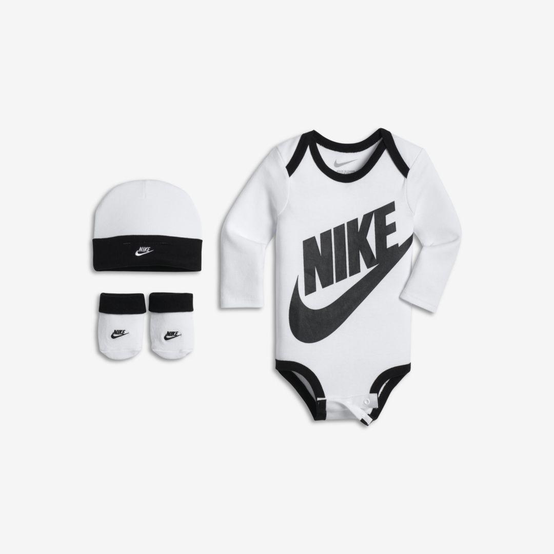 8db643f22a Nike Futura Infant Boys' Three-Piece Set Size 0-6M (White ...