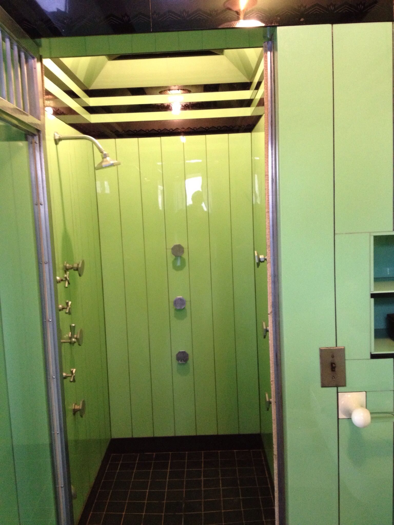 jade and black vitrolite art deco 1930 39 s shower with original kohler fixtures installed in 1931. Black Bedroom Furniture Sets. Home Design Ideas