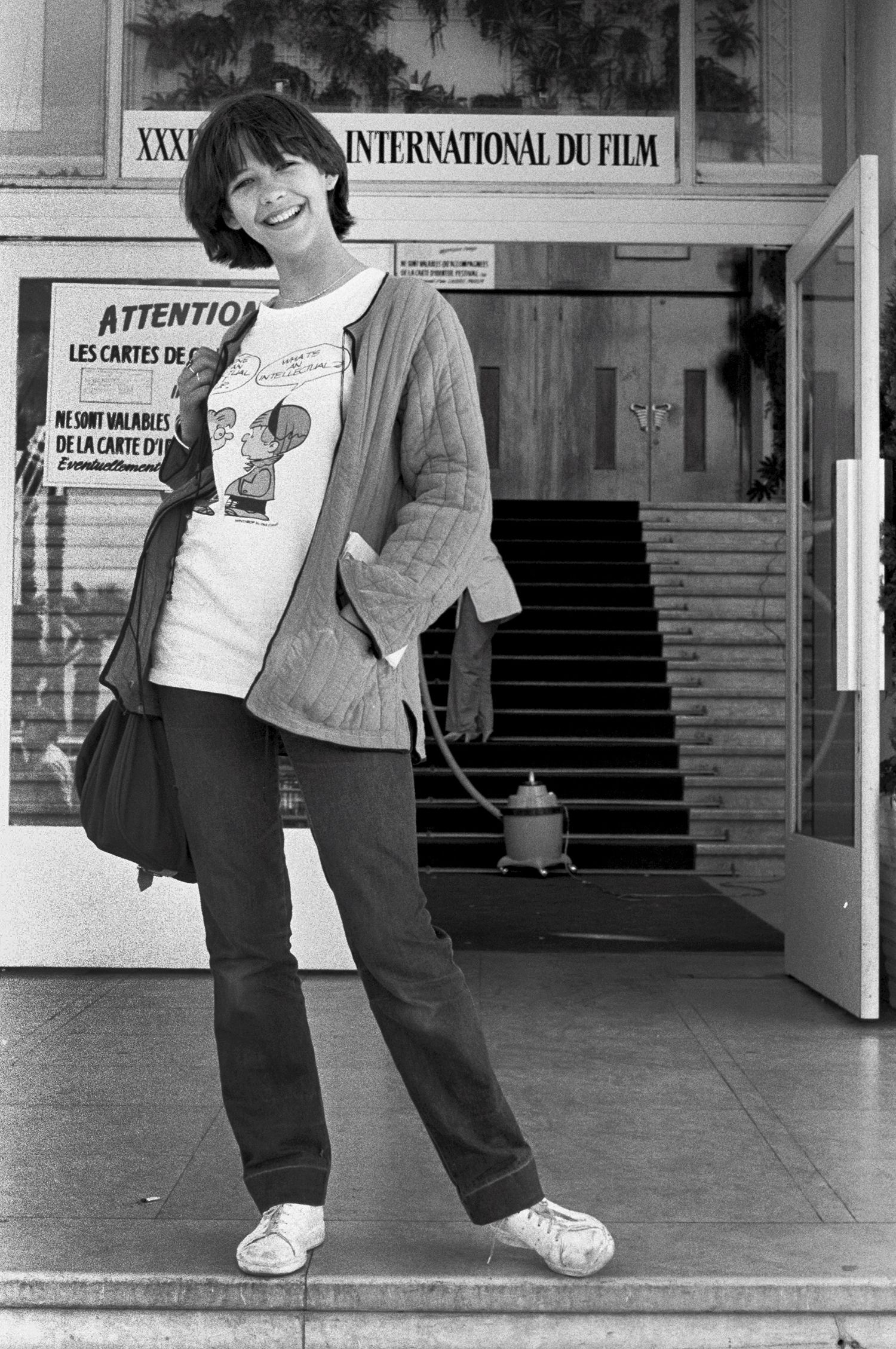 1981 sophie marceau a 15 ans c 39 est la premi re fois qu 39 elle vient au festival de cannes le. Black Bedroom Furniture Sets. Home Design Ideas