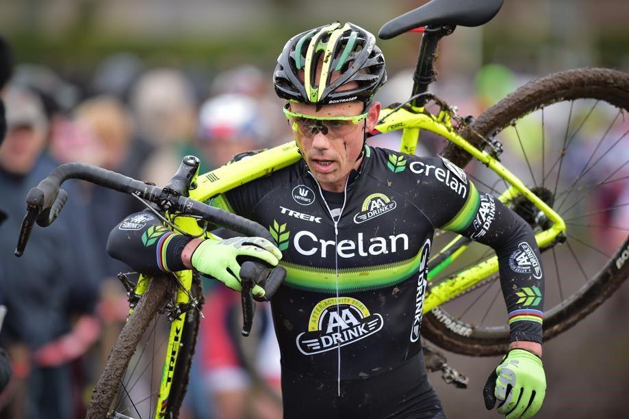 Een zevende plaats voor Sven Nys in de Kasteelcross in Zonnebeke: schijn kan bedriegen. In de derde ronde kende de veteraan pech en mocht hij zijn podiumambities opbergen.