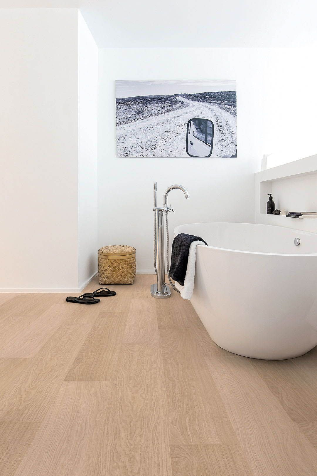 Laminate Flooring Is There A Waterproof Option Waterproof Bathroom Flooring Waterproof Laminate Flooring Wood Floor Bathroom