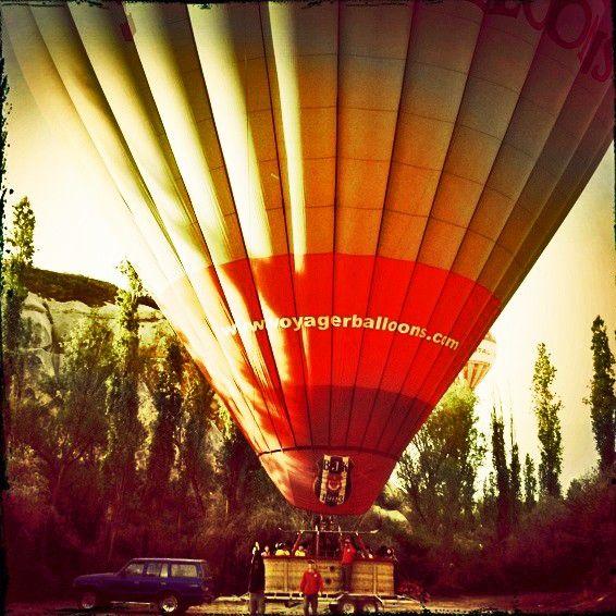 Vamos dar uma voltinha de balão por aí? #janelaparaomundo #kekelltravel…