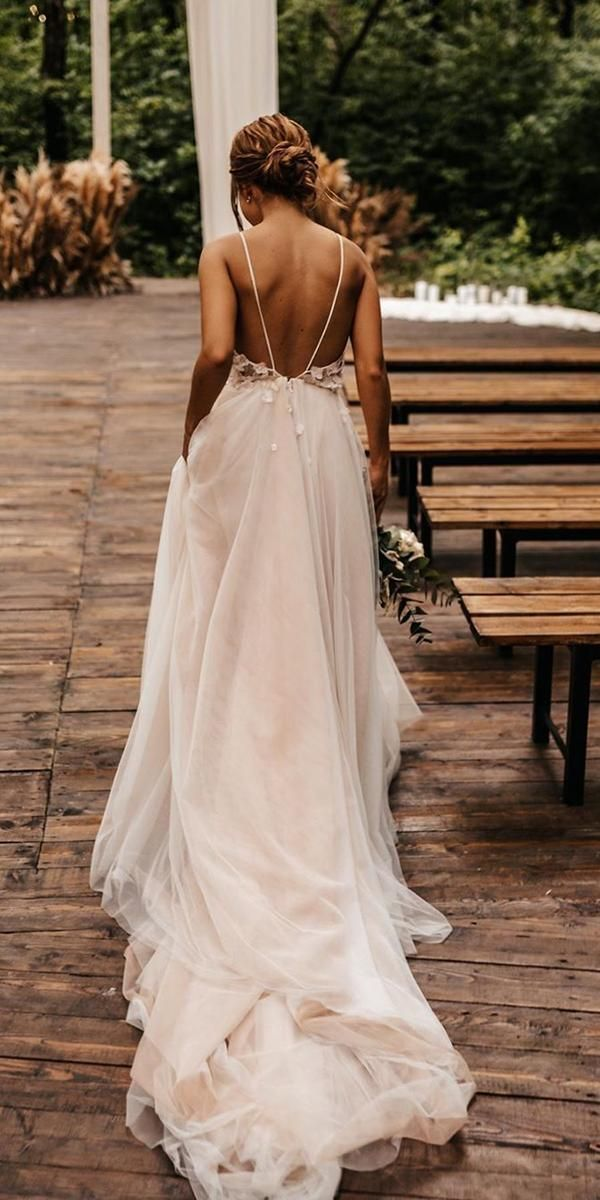 27 Awesome Simple Wedding Dresses For Cute Brides | Wedding Dresses Guide