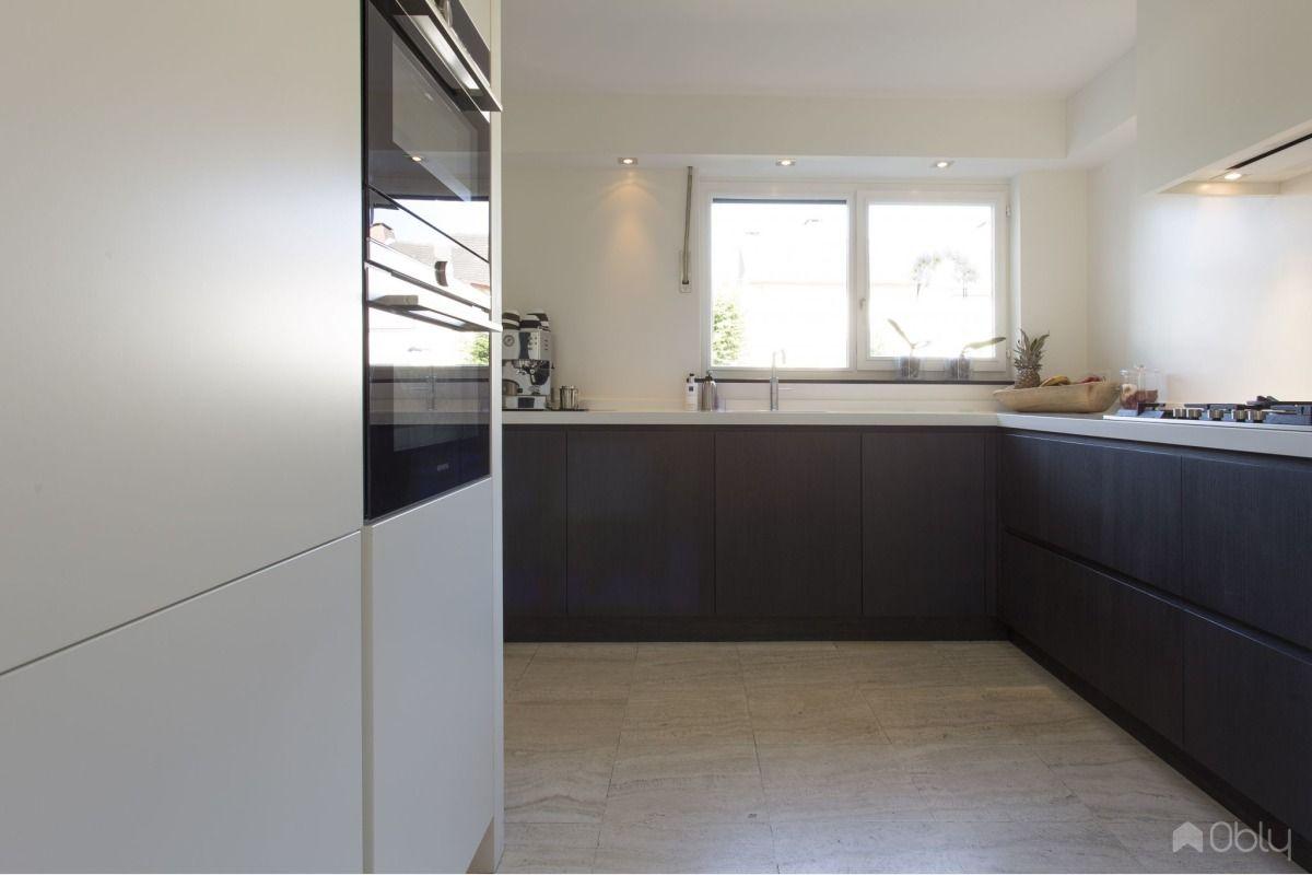 Keuken Eiken Zwart : Keuken in eiken mat zwart gespoten in obly keukens