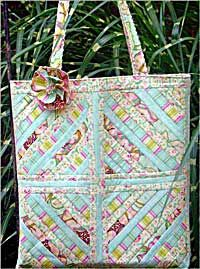 Squared Away Quilted Tote Pattern   Sewing and patterns ... : quilt bag patterns - Adamdwight.com