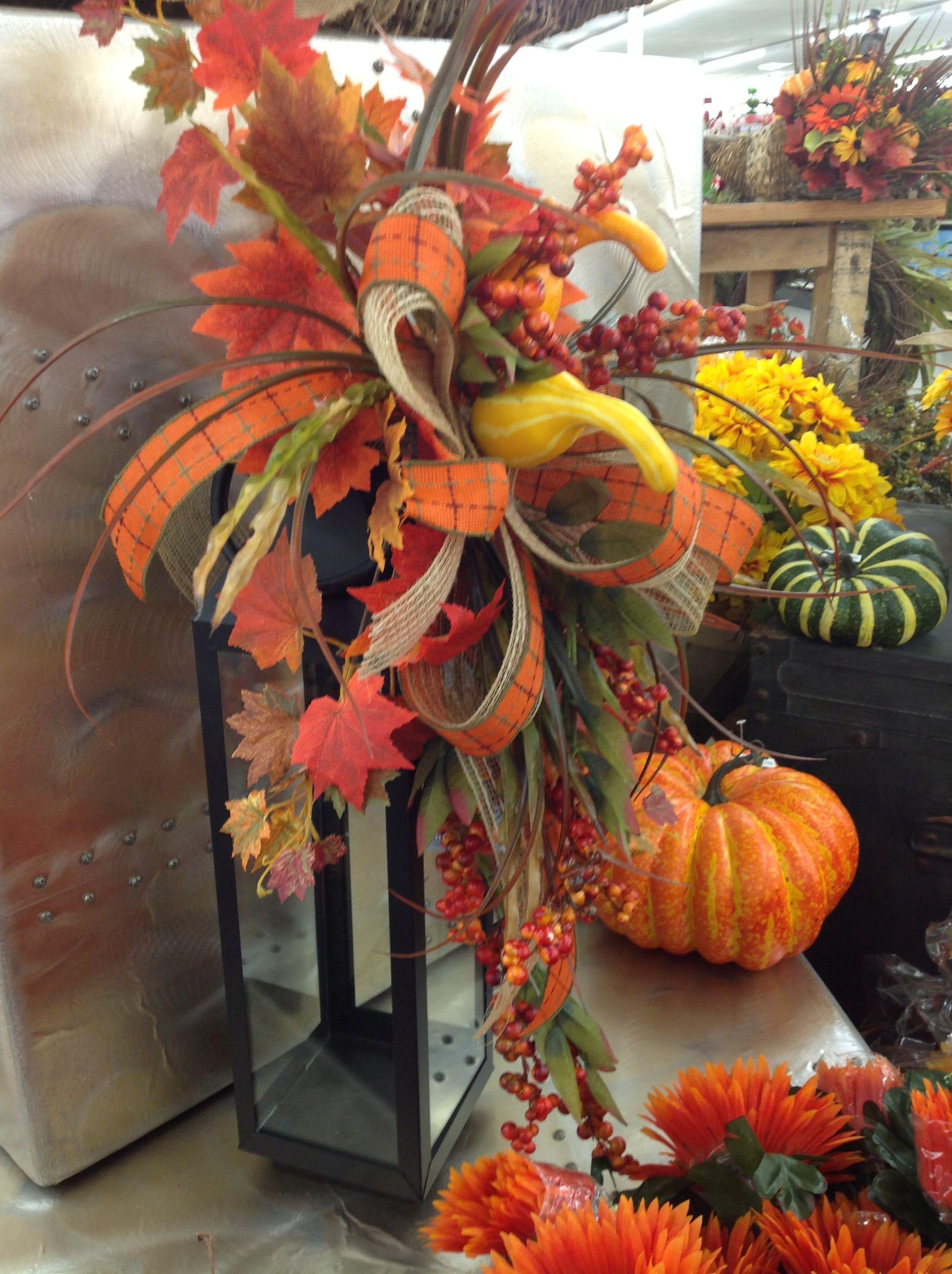 September Decorated Lantern Ex3