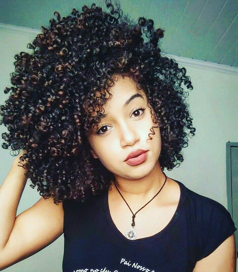 The Best Hairstyles For Short And Curly Hair Page 4 Of 11