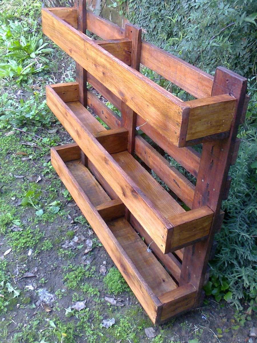 Porta macetas con pallets macetero jardin vertical palet - Macetas para jardin vertical ...