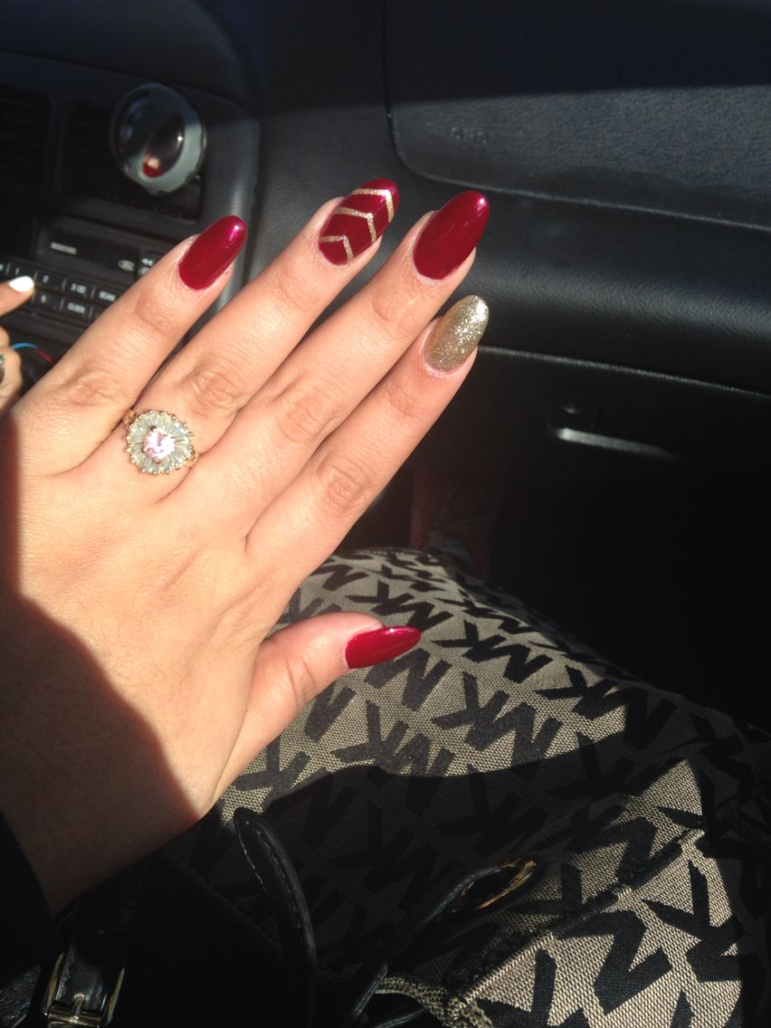 Red and gold nails. Good for Christmas   Oval nails ...