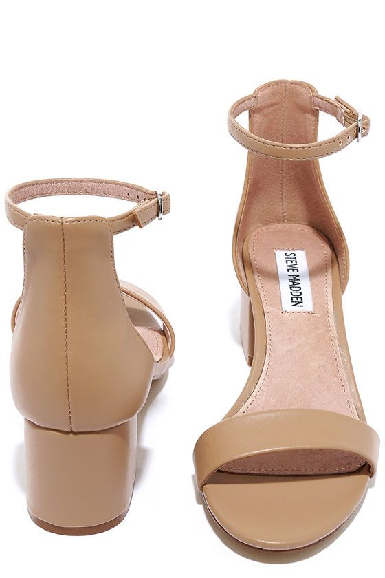 Make your next destination easy street in the easy-walking Steve Madden  Irenee Blush Leather