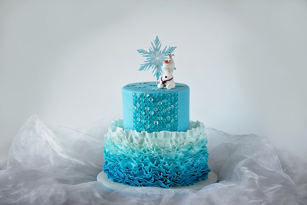 Sara Elizabeth Disney S Frozen A Couture Cake Tips And