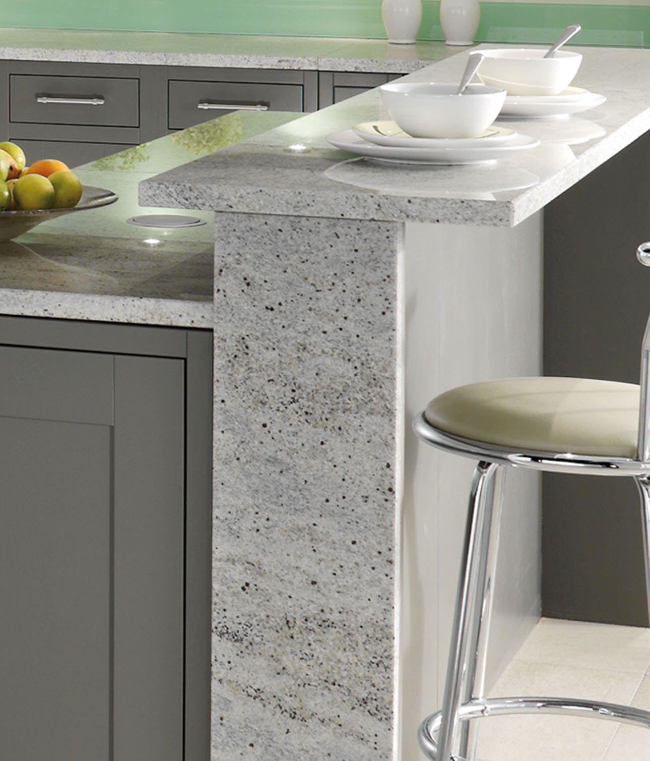 Die kühle Eleganz macht Granit Arbeitsplatten reizvoll
