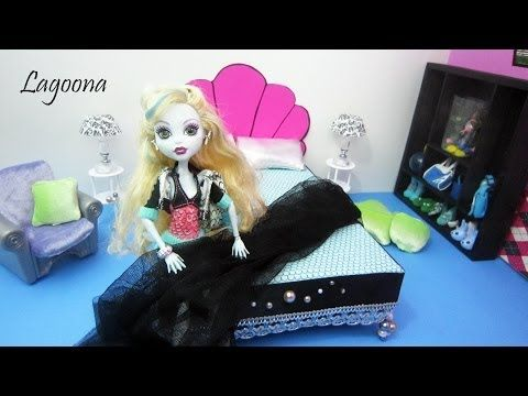 How to make a bed, bedding and side tables  inspired by Monster High's lagoon blue - Recycling