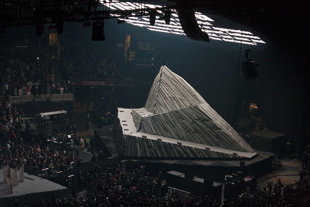 Kanye West Staples Center Stage Jpg 1 000 667 Pixels Design De Palco Design