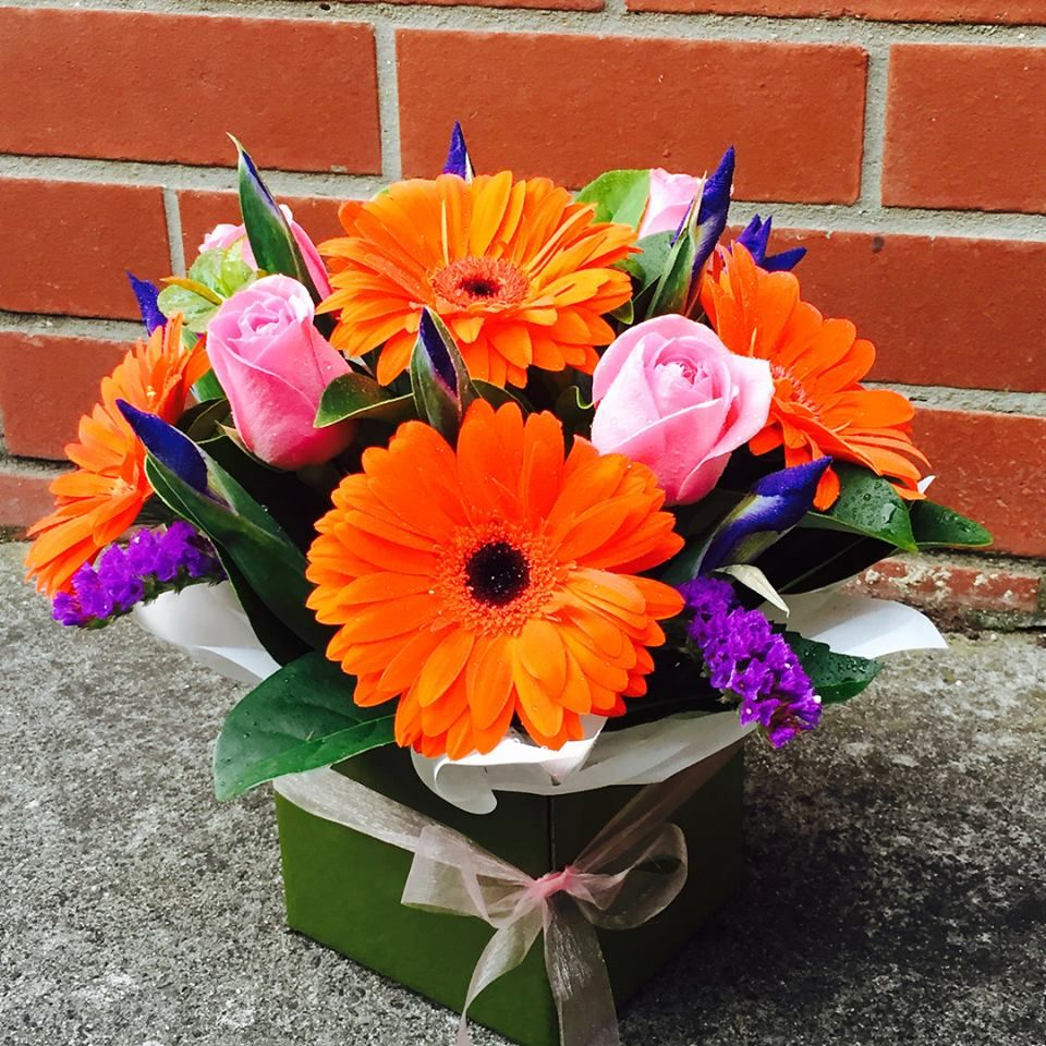 Are you looking cheap flowers delivery online in South
