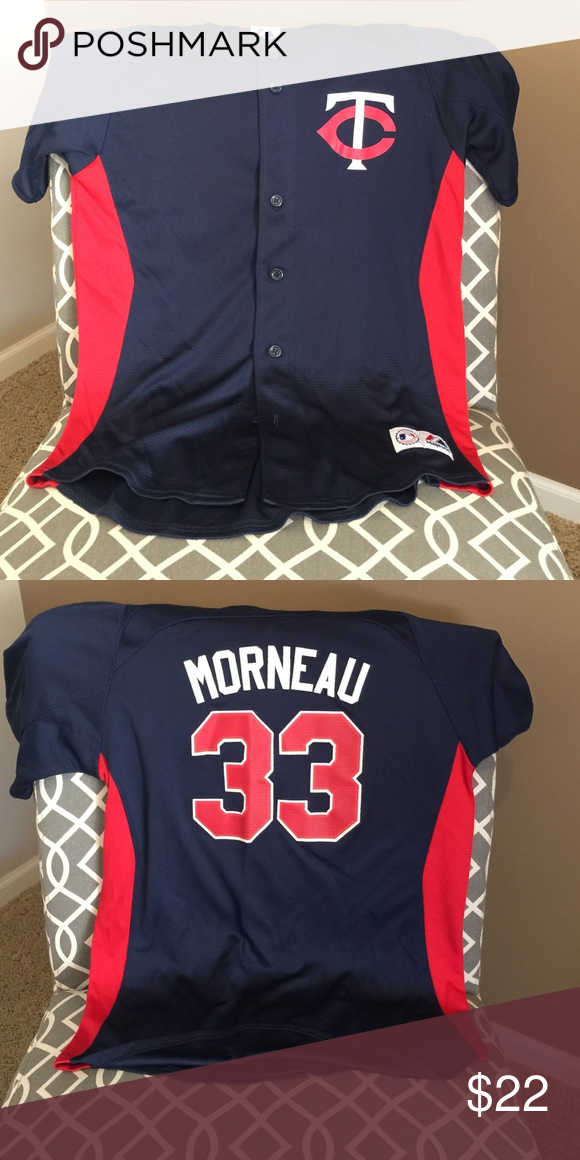 Woman's fit Minnesota Twins jersey (Morneau) Morneau Minnesota Twins button up jersey, super comfortable. It is a woman's fit, EUC Majestic Tops